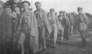 Пленные красноармейцы после поражения в битве за Варшаву