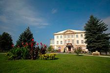 Дворец Брунов, Польша