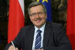 Коморовский призывает ЕС думать об Украине стратегически